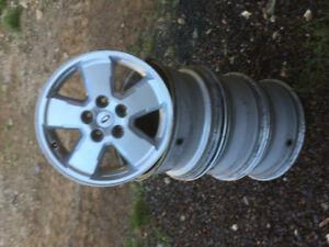 16 Inch alloy rims Ford