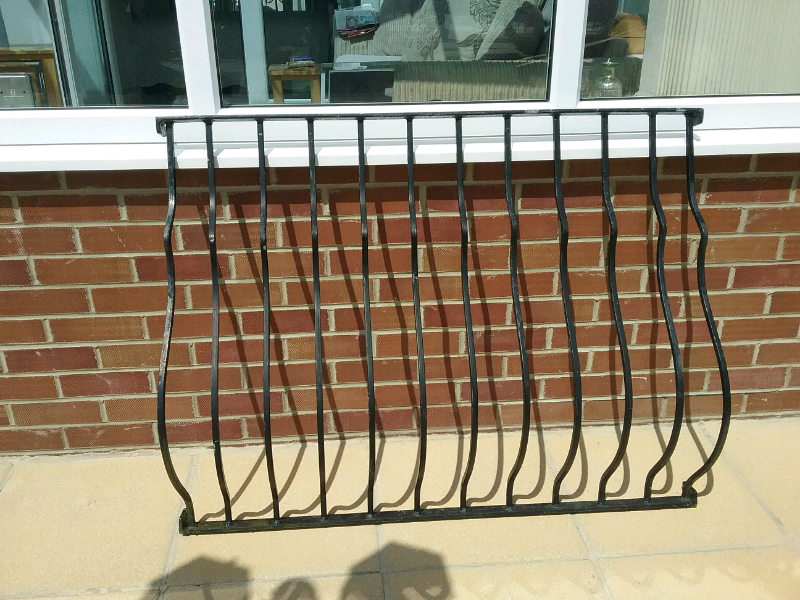 Black metal fence rails | in Newcastle, Tyne and Wear | Gumtree