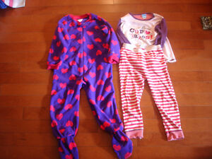 Girls lot size 3T London Ontario image 8