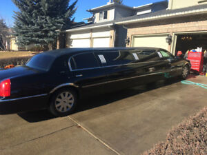2003 Lincoln town car 120 stretch limousine