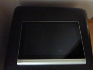 Lenovo Yoga Tablet 2 - 1050F - FOR PARTS ONLY