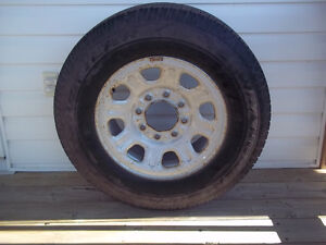 8 Bolt rim and tire for 3/4 or 1 ton chev / GMC