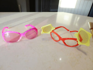 2 pairs Of Child Sunglasses - Each the same size $3.00 ea. Kitchener / Waterloo Kitchener Area image 2