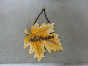 Outdoor decor maple leaf Welcome sign hanging