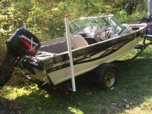 NEAR MINT - 2004 SmokerCraft Stinger 162 with motor and trailer