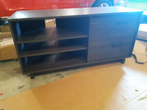 Tv stand with shelves and 2 side drawers