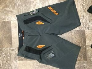 """Fox"" motocross shorts Kawartha Lakes Peterborough Area image 1"