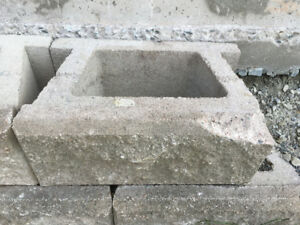 Retaining wall stone and caps