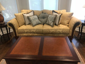 ETHAN ALLEN Sofa,Coffee Table,Dining Table,Chairs