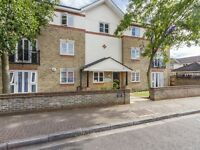 2 bedroom flat in Birchmere Lodge, Rotherhithe SE16