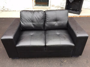 New price! Black Leather Love Seat - Excellent Condition
