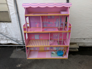 Doll house free