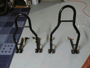 Front and rear motorcycle lift stands