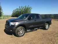 2012 Toyota Tundra SR5 Pickup Truck TRD with Leather