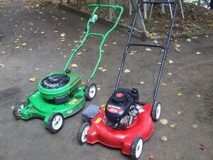 VINTAGE Green Lawn Boy-RARE!  ALSO YardMachines 4-stroke mower
