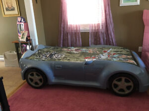 A Gautier Car Bed in Very Good Condition and New Mattress!