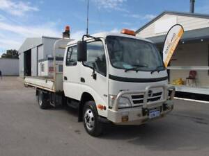 2011 Hino 300 816 Crew Tray Top, Stock 982 Kenwick Gosnells Area Preview
