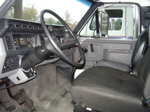 1997 Ford F-800 Autre
