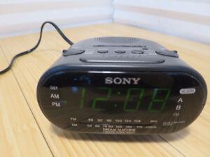 Sony Dream Machine ICF-C318 Dual Alarm FM/AM Clock Radio Black