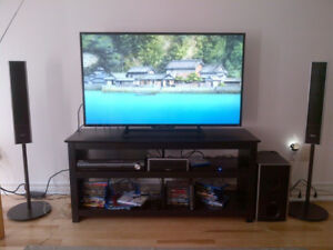 Sony 5.1 receiver + 5 disc DVD player with speakers