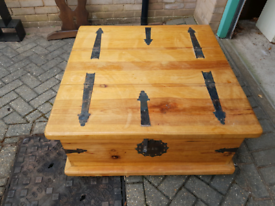 Wooden Mexican chest / coffee table