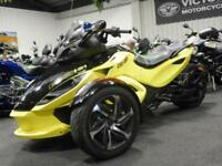 15/15 CAN-AM SPYDER ROADSTER SE5 SEMI AUTO WITH HAND & FOOT BRAKING