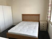 Good size double room in refurbished maisonette