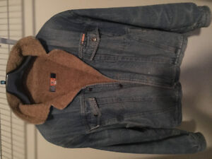 Fabertti Collection jean jacket with fur inside $20