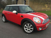 2007 07 MINI 1.6 ( 120bhp ) COOPER IN RED WITH A WHITE ROOF