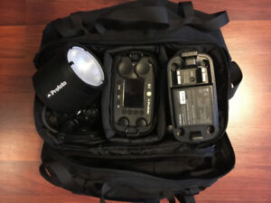 Profoto B2 with extras