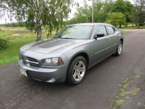 2006 charger 3.5 L auto only new mvi 146 km in very good  cond