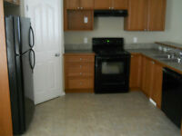 3 Bedroom Townhouse for Aug 1 **Rental Incentive**