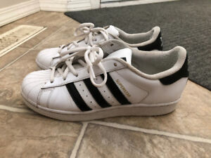 Adidas Superstar Sneakers - White - Size 7 US Womens