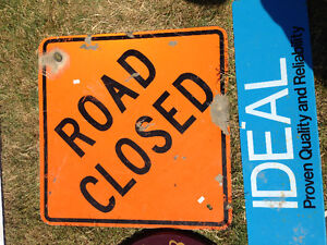 HEAVY LARGE ORANGE DIAMOND ROAD CLOSED SIGN - PARKER PICKERS -