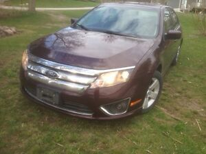 2011 Ford Fusion SEL 144,000km, clean title, no accidents