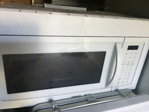 "Whirlpool 30"" white over the range microwave hood system"