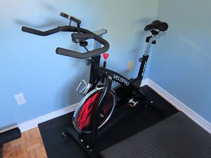 Blades Fitness Velo Pro Cycle Spinning Bike