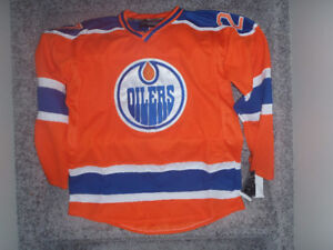 EDMONTON OILERS LUCIC JERSEY OFFICIAL NEW