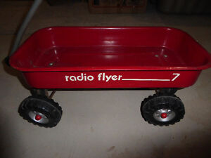 Radio Flyer metal toy wagon (for kids to pull toys) Kitchener / Waterloo Kitchener Area image 2