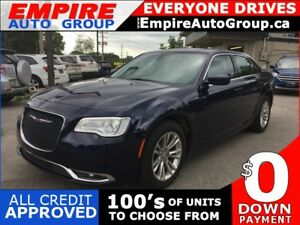2017 CHRYSLER 300 LEATHER * NAV * REAR CAM * PANO ROOF * HEATED