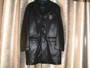 Men's black leather coat like new