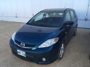 Mazda 5 with safety