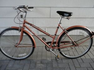 Quality Vintage 3 Speed Cruiser With New Tires!
