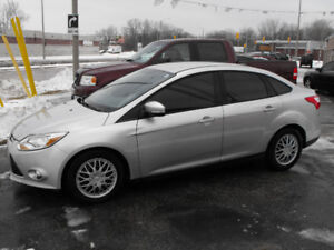 2012 FOCUS SE  AUTO  LOADED  SAFETIED  SAVE ON GAS  $$$