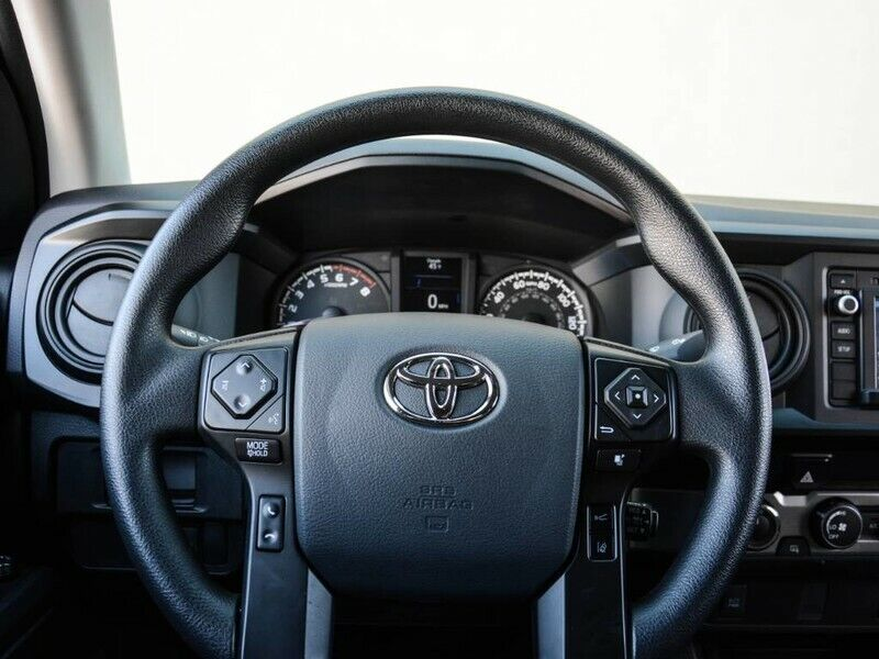 Image 17 Voiture American used Toyota Tacoma 2019