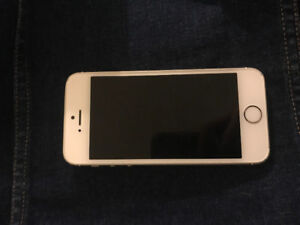 Gold iPhone 5s for sale good condition