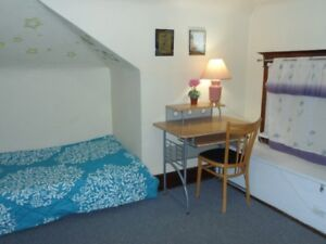 Furnished  Room for Rent-Niagara Falls