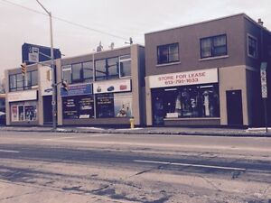 COMMERCIAL SPACE / BARBER SHOP for LEASE 5 minutes from MARKET