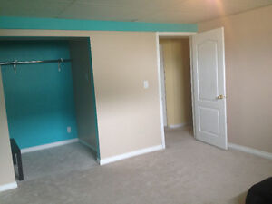 Rooms in basement for rent