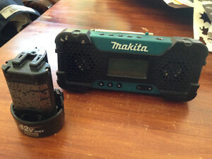 Makita 12v and radio